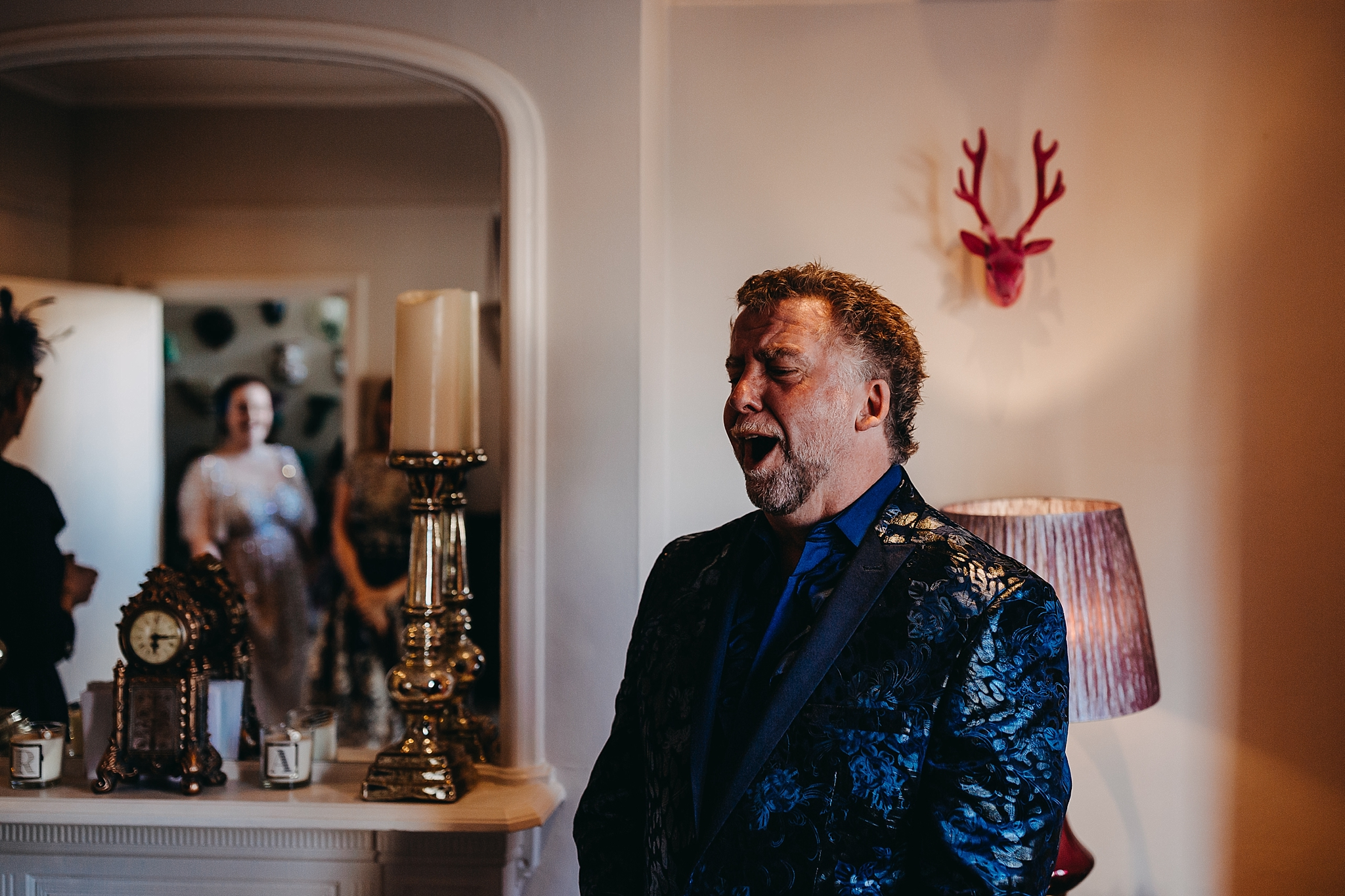 Peter Hugo Photography Father of the Bride seeing bride for first time