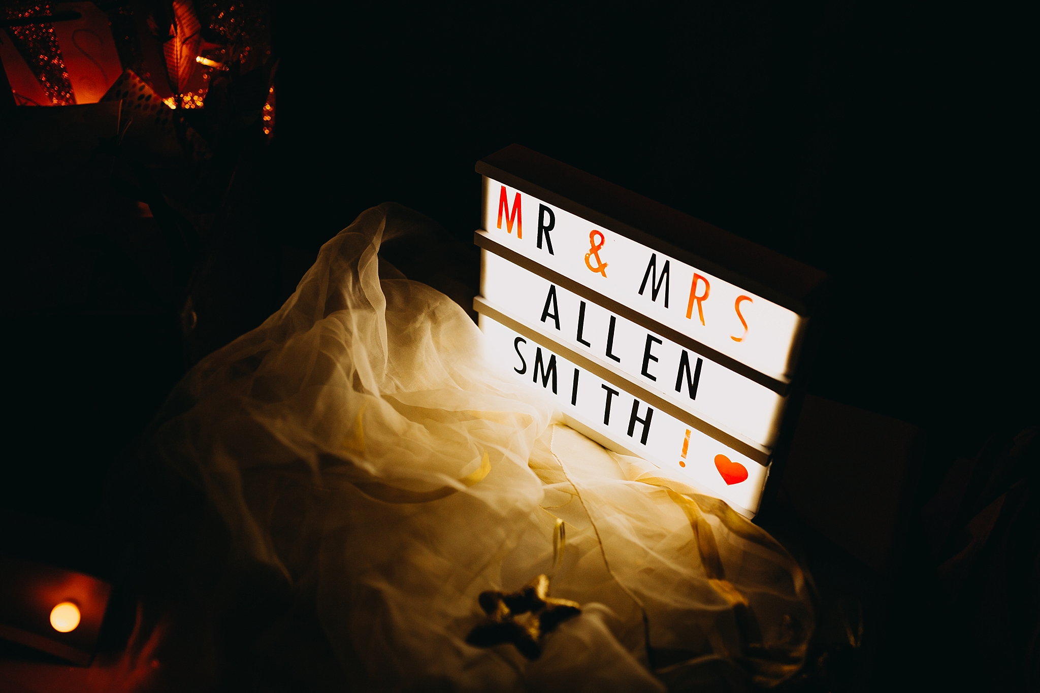 Peter Hugo Photography Mr & Mrs wedding