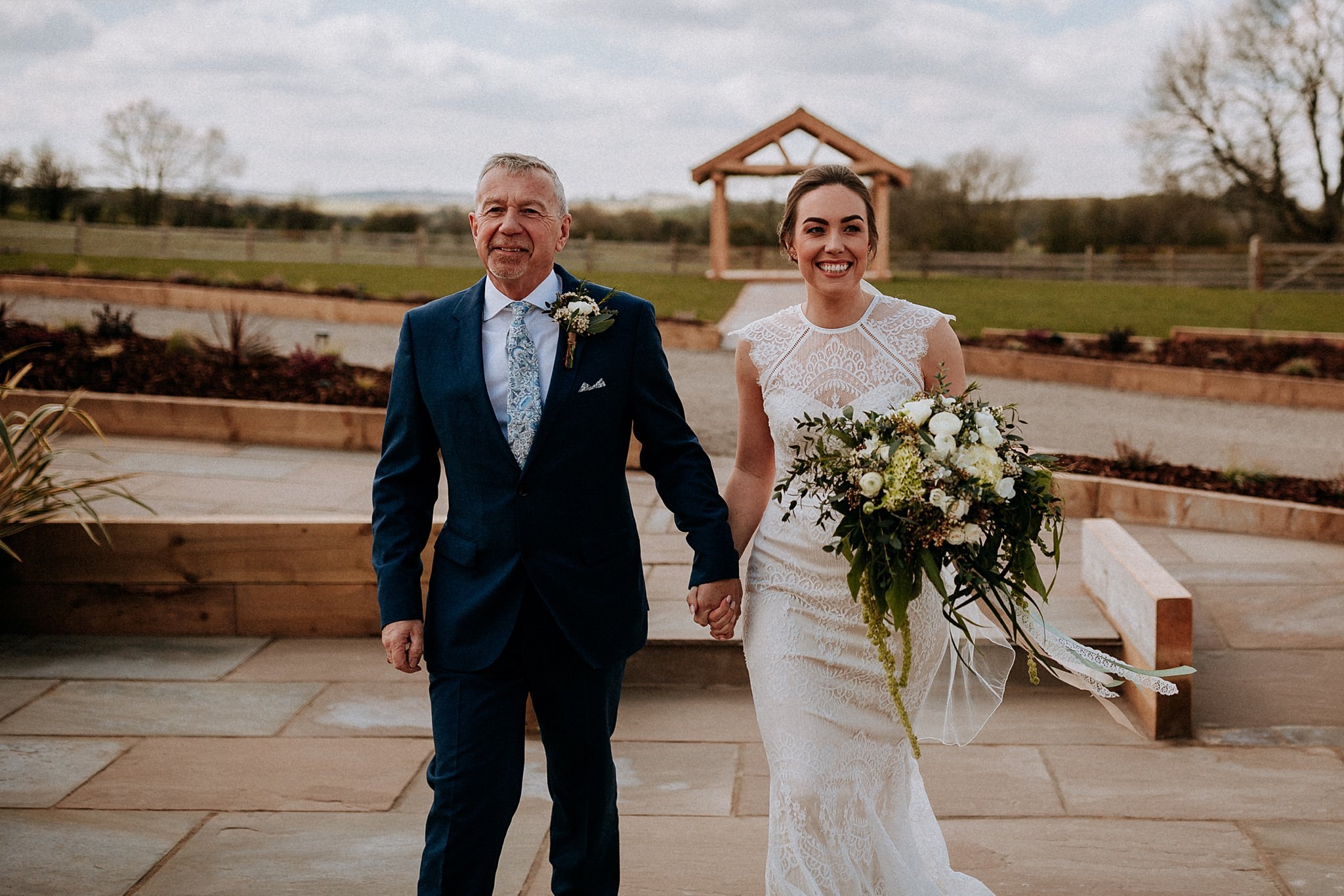 diy wedding barn